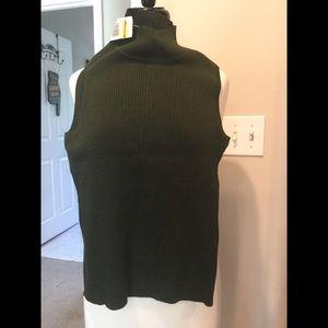 Nine & Co. Sweaters - Nine and Co. Small green sleeveless light sweater